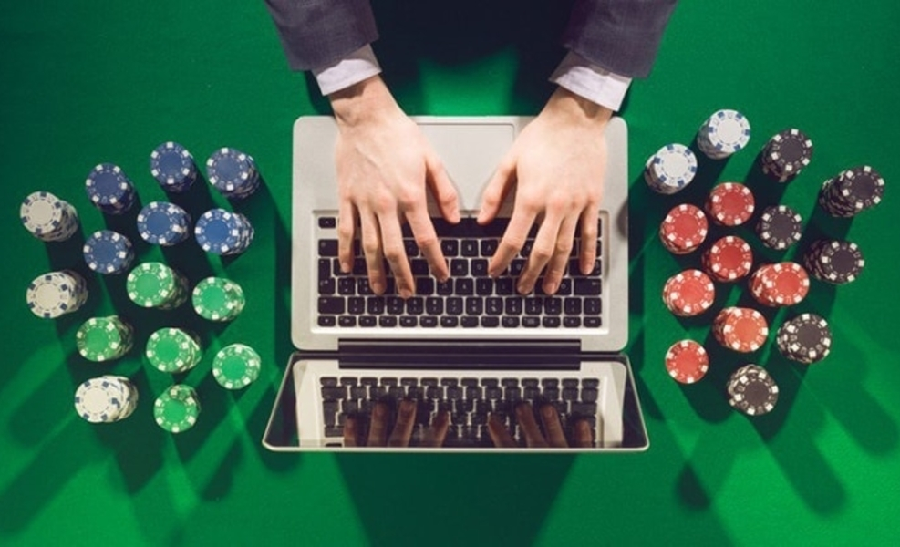 Playing Full-Size - The World Of Online Gambling - Betting